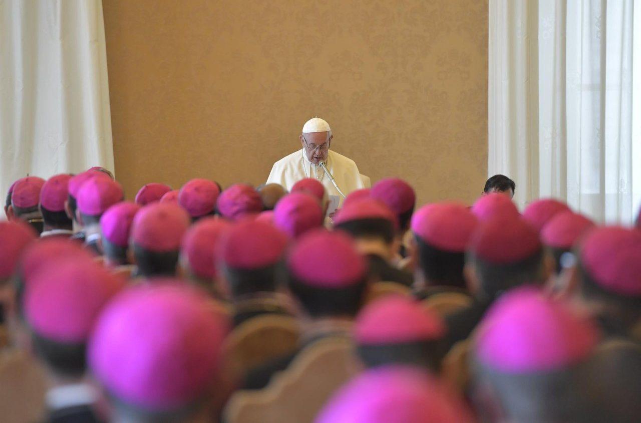 Папа – епископам: не стыдитесь плоти ваших Церквей