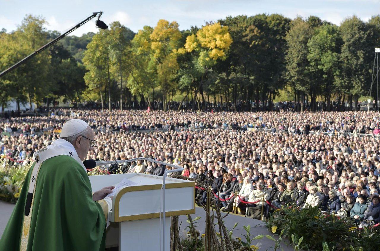 Слово Папы Франциска перед молитвой «Ангел Господень» в 25-е Рядовое воскресенье. 23 сентября 2018 г., Парк «Сантакос», Каунас (Литва)