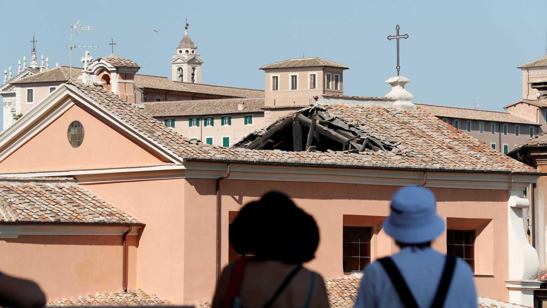 В Риме обрушился свод храма, выстроенного над темницами древнеримской тюрьмы