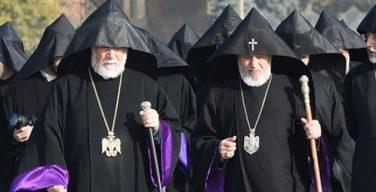 Оба армянских Католикоса выразили свои соболезнования в связи с кончиной Шарля Азнавура