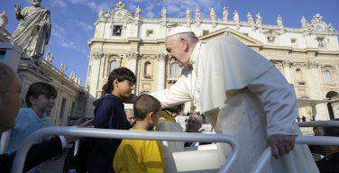 На общей аудиенции 10 октября Папа Франциск размышлял о заповеди «Не убий»