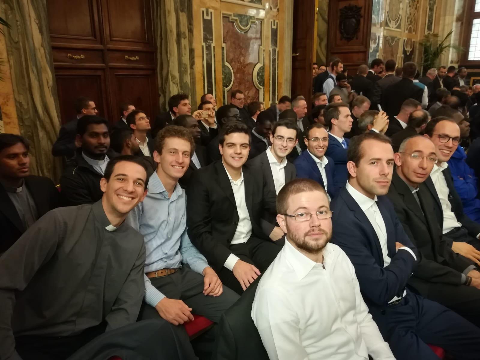 Папа ответил на вопросы семинаристов