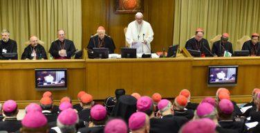 На первом заседании XV Генеральной ассамблеи Синода епископов Папа призвал к диалогу между поколениями