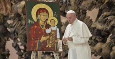 Папа встретился со словацкими греко-католиками (ФОТО + ВИДЕО)