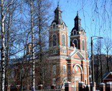 Кировские католики подали заявление о передаче общине всего здания костела