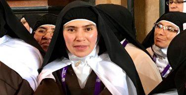 6 октября французские аббатства открыли двери для молодёжи