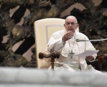 На общей аудиенции в среду 28 ноября Папа Франциск посвятил свою катехезу сути Декалога как такового