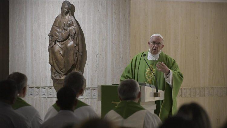 На утренней Мессе в Доме Св. Марфы Папа Франциск размышлял о современных «Вавилонах», обреченных уничтожению