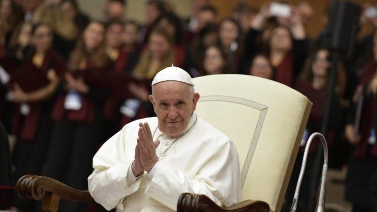 Папа Франциск приветствовал церковных музыкантов по случаю празднования дня их небесной покровительницы — святой Цецилии