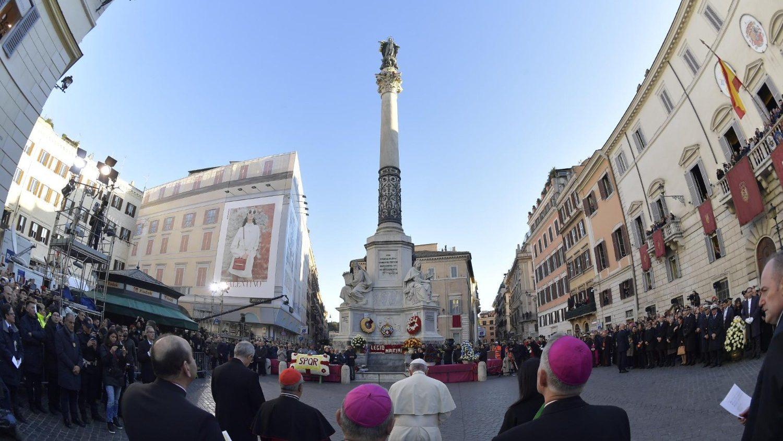 Папа Франциск посетил площадь Испании в Риме и редакцию газеты «Il Messaggero» (+ ФОТО)