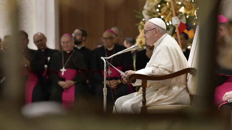 Папа на общей аудиенции в среду продолжил цикл бесед о молитве «Отче наш» (ФОТО + ВИДЕО)