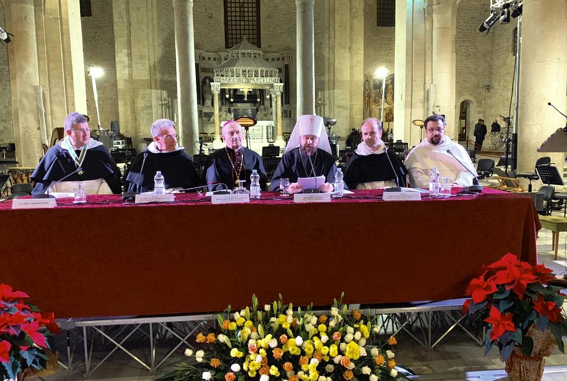 В Бари состоялась презентация книги-альбома о принесении мощей святителя Николая в Россию