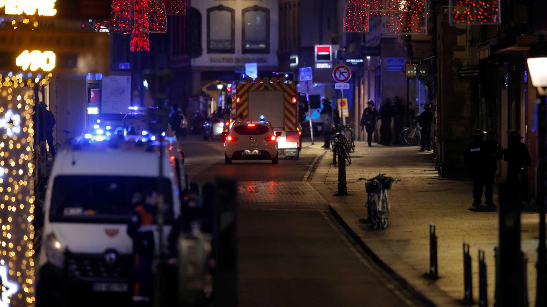 Теракт на рождественской ярмарке в Страсбурге: 3 человека погибли, 13 ранены