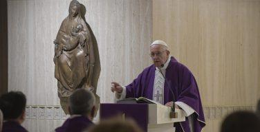 Папа: строить жизнь на прочном фундаменте Господа