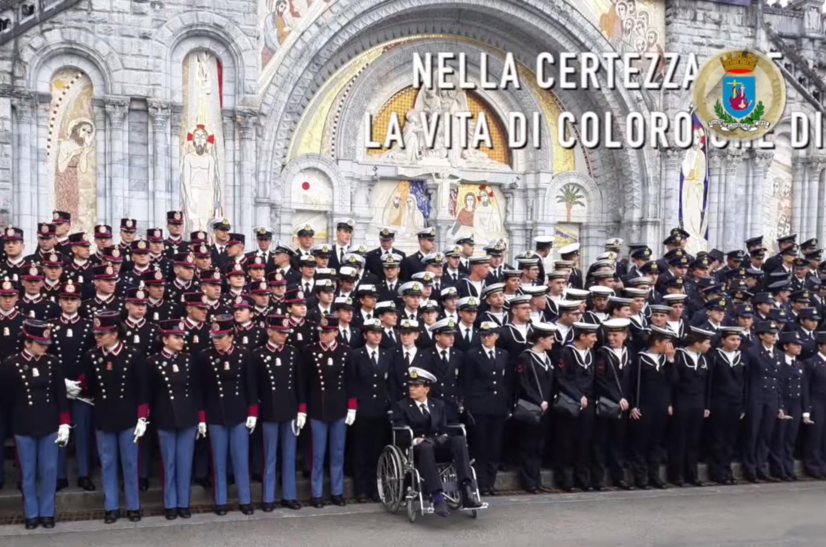 Папа поздравил с Рождеством итальянских военнослужащих
