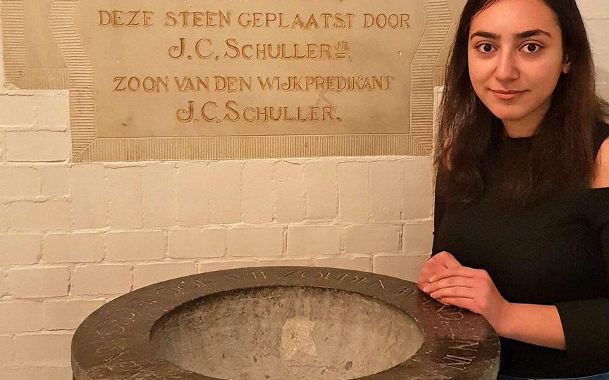 Церковь в Гааге противостоит депортации армянской семьи с помощью непрерывной службы, которая длится больше месяца