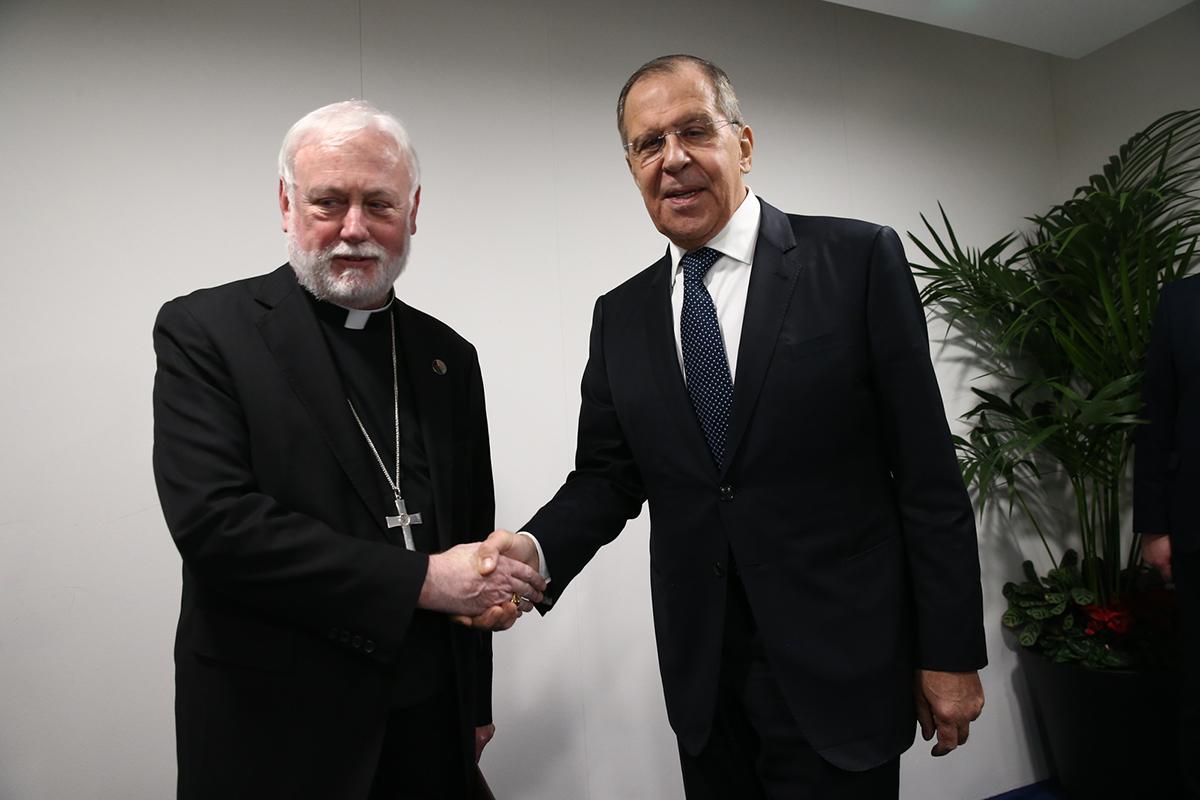 Представитель Ватикана и глава МИД России обсудили двустронние отношения