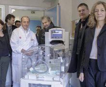 Инкубаторы для римских больниц — от Папы Франциска