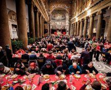 Община святого Эгидия приготовила рождественские обеды для 240 000 нуждающихся в 77 странах мира