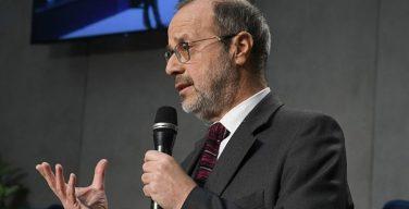 Папа поблагодарил проф. Виана за его труд в качестве директора газеты «L'Osservatore Romano»