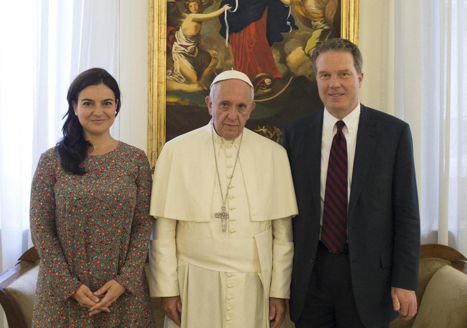 Ватикан: отставка руководства Зала печати