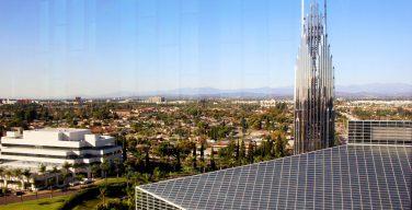 Собор «Кристалл» в Калифорнии, самое высокое здание мира из стекла, перешел во владение Католической Церкви