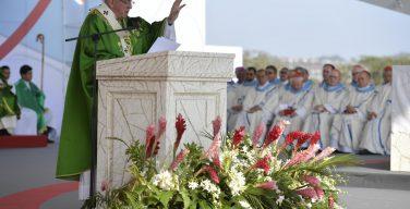 Папа Франциск возглавил заключительную св. Мессу Всемирного Дня Молодежи в Панаме (+ ФОТО)