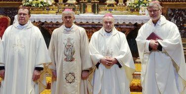 Католические епископы России о правилах работы с несовершеннолетними