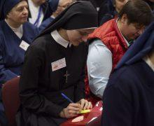 В преддверии Дня посвященной Богу жизни в Новосибирске проходит традиционная встреча сестер-монахинь