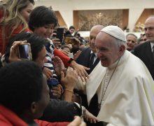 Папа: Бог всегда отвечает на наши молитвы (ФОТО + ВИДЕО)
