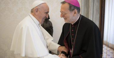 Папа и нунций Гуджеротти обсудили обстановку на Украине