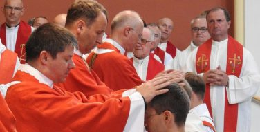 Папа Франциск о возможности отказа от целибата: только в исключительных случаях