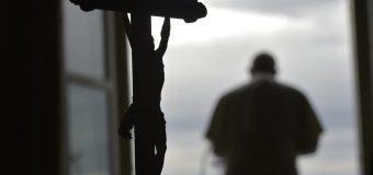 Папа Римский скорбит о погибших в Средиземноморье и в Колумбии