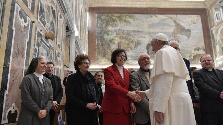 Папа – преподавателям истории Церкви: способствовать созерцанию Христа