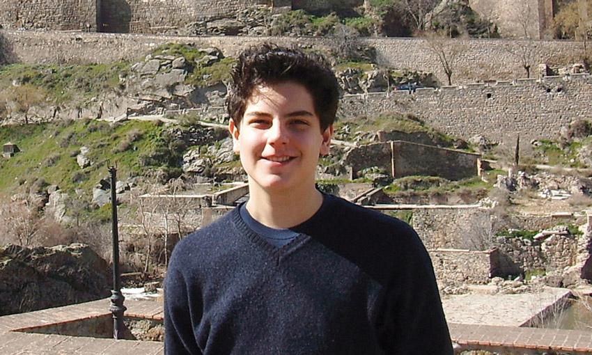 Италия: в рамках процесса беатификации эксгумировано тело подростка, скончавшегося в 2006 году