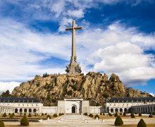 Монахов-бенедиктинцев грозят привлечь к ответственности, если они будут препятствовать эксгумации останков Франко