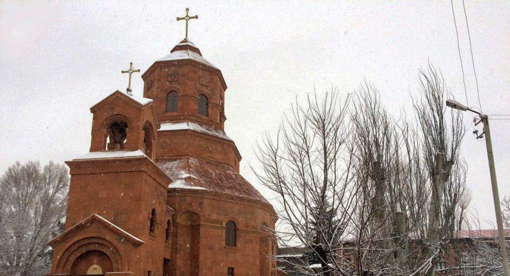 Армяне-католики отпраздновали Трндез (Сретение Господне). Репортаж из церкви Святых мучеников в Гюмри