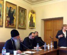 Католики приняли участие в круглом столе по проблеме ВИЧ/СПИДа на Рождественских чтениях