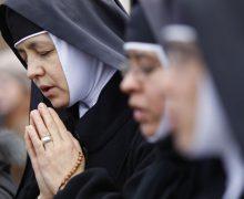 О жестах на Святой Мессе