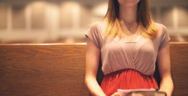 Данные нового социологического анализа показывают причины оттока молодежи из церкви в США