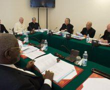 Усилиями Совета кардиналов дорабатывается текст Конституции, посвященной Римской курии