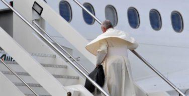 Папа Франциск вылетел в Объединенные Арабские Эмираты