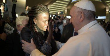Папа: да избавит нас Господь от страха встретить Его в мигрантах