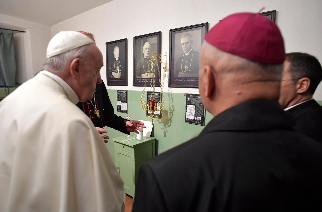 Папа привёл в пример литовских мучеников