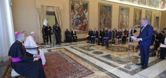 Папа Франциск встретился с попечителями Фонда Галилея