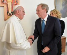 Папа Франциск обсудил с Microsoft перспективы искусственного интеллекта