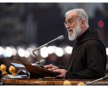 Проповедник Папского Дома начал цикл своих великопостных проповедей