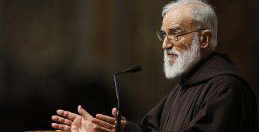 Отец Раньеро Канталамесса выступил со своей второй великопостной проповедью
