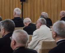 Продолжаются духовные упражнения Святейшего Отца и сотрудников Римской Курии