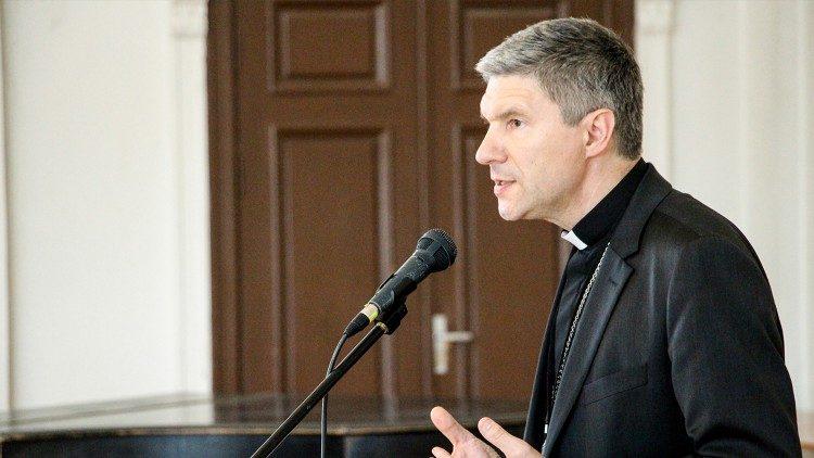 Архиепископ Каунасский пояснил причины своей отставки